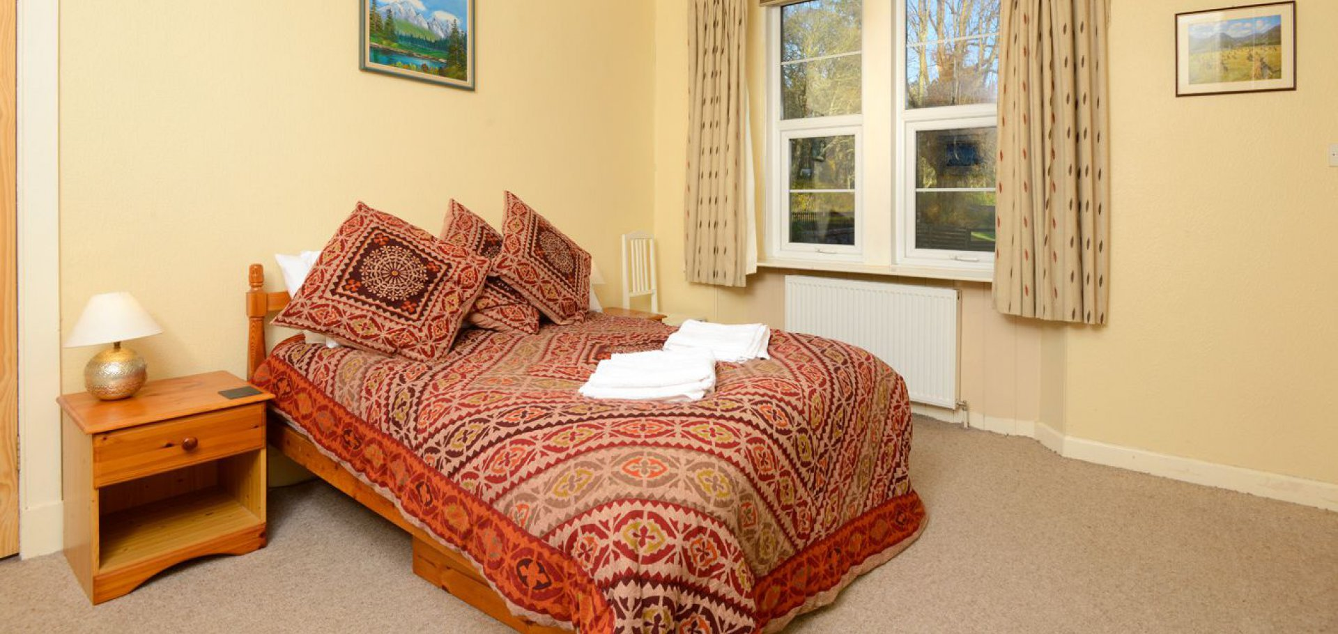 King sized double bedroom at the lodge self catering holiday cottage near castle douglas in dumfries and galloway