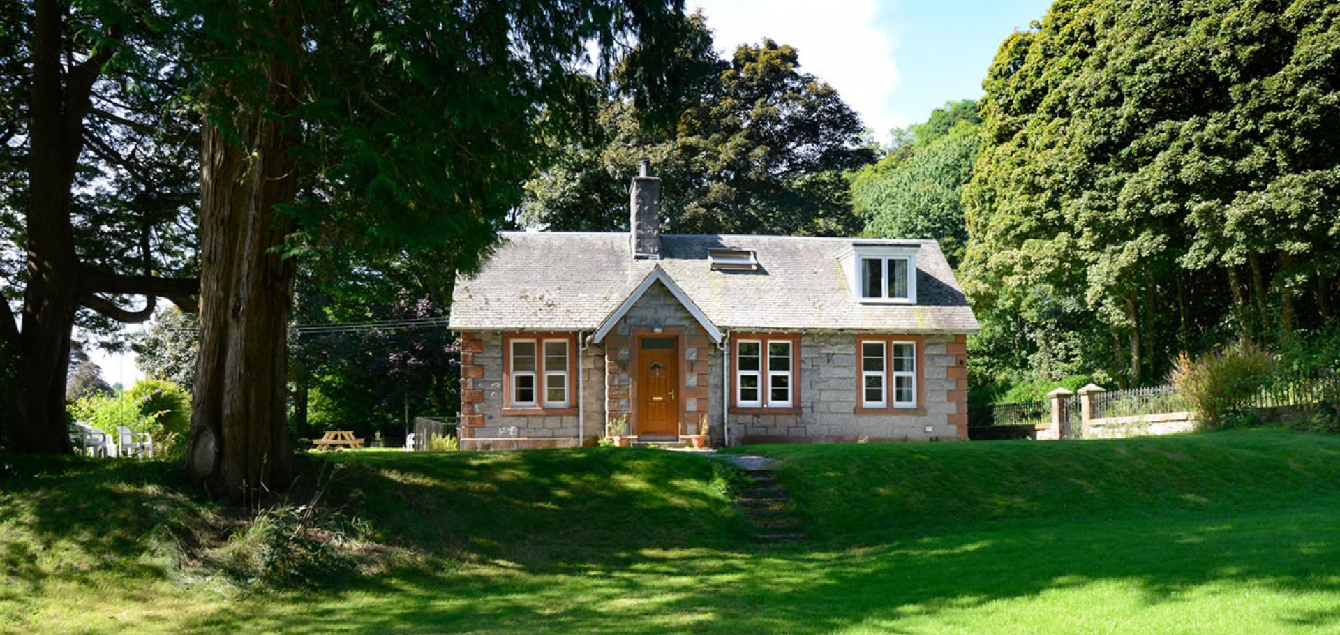 The Lodge self catering holiday accommodation near castle douglas dumfries and galloway